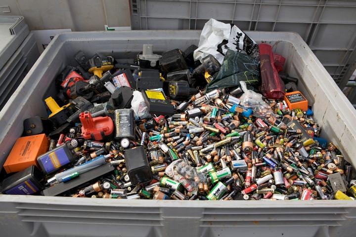 battery-landfill